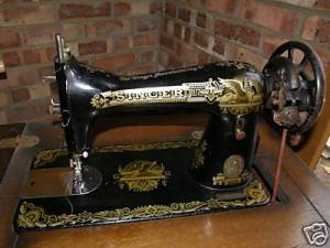 Singer treadle sewing maching from 1919